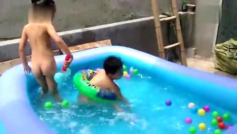 游泳 浩宇和悦悦-体育视频-搜狐视频