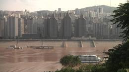 我家住在長江边