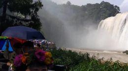 黄果树瀑布游览剪影
