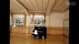 阿雅贝贝钢琴三级现场考级视频2010(6岁)