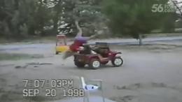 【发现最热视频】熊孩子开车也都挺狂野的