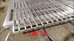 浙江客户遥控铝艺平移门生产中