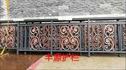 阳台铝艺护栏多少钱一米