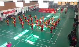 桂英秋月广场舞红红的中国