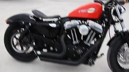 美国.哈雷.X48.1200CC.11年.改装后避震.仪表.前脚踏.改装弹簧坐...