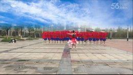 清溪蝶儿舞蹈队团体表演《火火的中国红》