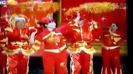 西安老年大学葫芦丝表演队春晚现场 中国喜洋洋