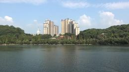 歌曲 秀峰湖
