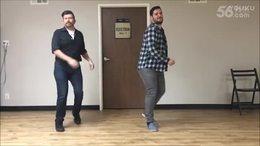 排舞每个人都玩的很开心