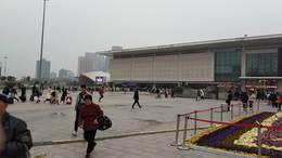 郑州火车站广场