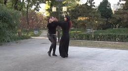 北京水兵舞教学第一套第6个花望月