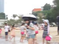 2015暑假安安和爸爸在厦门珍珠湾游泳(3)