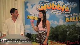 美国最受欢迎的儿童节目主持人报道沃宝欢乐泡
