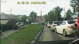 汽车车祸视频 (2)