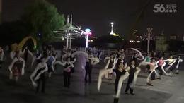 洁白的哈达江滩舞蹈队_苹果_1280x720