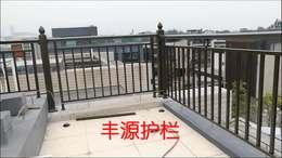 欢乐海岸蓝楹湾3G栋阳台铝艺护栏