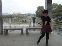 CIMG2013泉水边的傣家姑娘