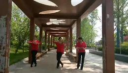 快乐欣吧广场舞 团团扇