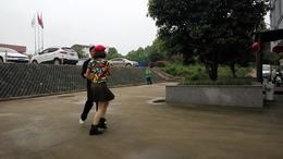 十字智慧广场双人舞学友 琴姐水兵舞《新疆亚克西》