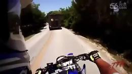 摩托车车祸视频(1)