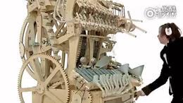 国外大神用2000颗弹珠做成的巨型音乐盒,简直超神了!