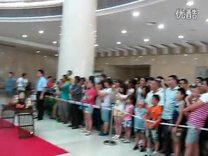 观看三峡博物馆汉服展_标清