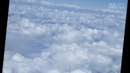 云在脚下飞