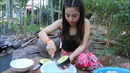 淑女亲手制作热带水果big沙拉 水果配料多样!味道顶瓜瓜!