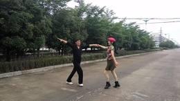 十字智慧广场双人舞学友 琴姐水兵舞《雪山升起红太阳》