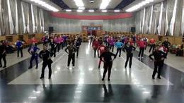 晋中老体协培训班学员学练广场舞《今夜舞起来》