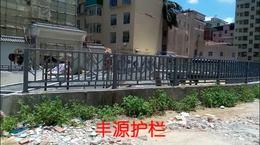龙华铁艺护栏