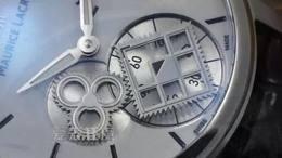 爱表狂魔004第四期AM艾美匠心系列方形轮神秘时间腕表 白
