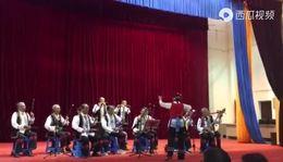 西瓜视频《喜洋洋》摄影李孝明,南涧涧河社区文艺协会民乐队演奏