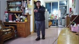 居家学跳鬼步舞