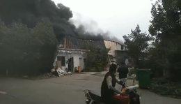 中山横栏一泡沫厂发生火灾_2020年3月5日(1)