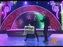 2012中国春晚最搞笑的表演 整段表演没说一句中国话