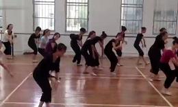 2013年郴州市二中暑期舞蹈培训,藏族组合2