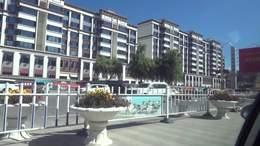 西藏拉萨站前往当热西路普仁仓酒店沿途风光