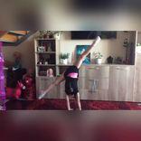 可爱俄罗斯女孩体操教学