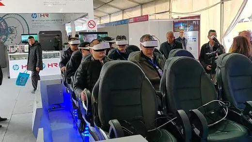 爱国号军舰是以军事题材的科普产品,在VR中可深度学习。