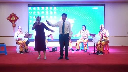 晋北村健身队二周年联谊《最美的歌唱给妈妈》表演朝荣文艺队