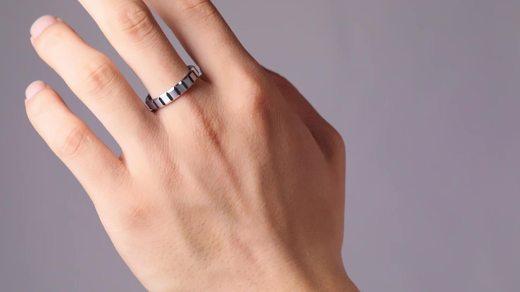 飒雅钨金方格戒指