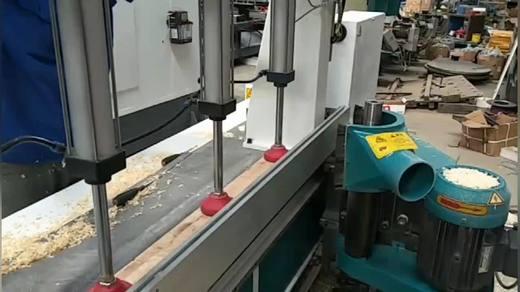 精彩的木工修边机 数控修边机视频