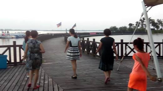 畅游金沙湖(续)