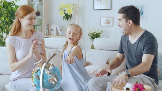 小熊尼奥AR地球仪,帮助孩子更好的认识世界