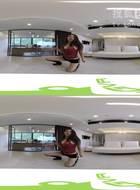 「3D 360 VR」宅男不看后悔!姊妹花超辣跪姿热舞,片中有彩蛋![360 VR of First-per