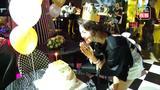 荣蓉与粉丝一同欢乐庆生  演戏是梦想未来一定会坚持