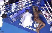重击裆部后对手险被担架抬出擂台之后又严重犯规,这样的选手应该禁赛