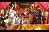 甄嬛传:甄嬛生双胞胎时!谁注意到槿汐在皇上面前表现?堪称一绝