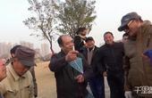 【郑州】牛气大爷公园放飞千米风筝被围观 曾得世界第一